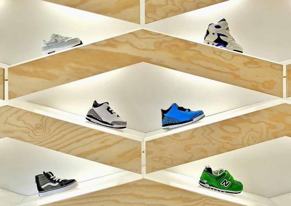 Suppakids Sneaker Store, Stuttgart, por el estudio ROK