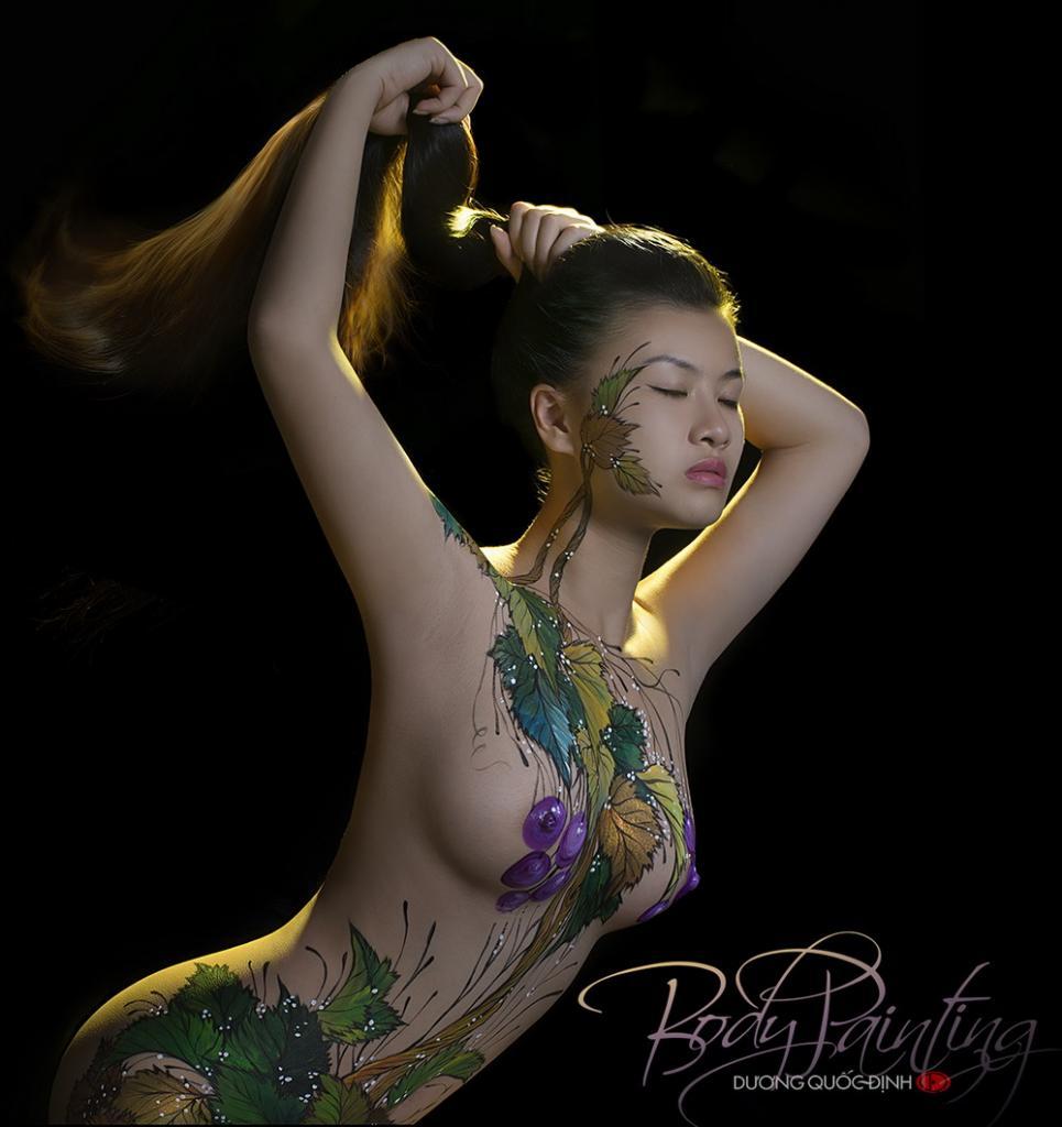 Ảnh gái đẹp sexy với body painting Phần 1