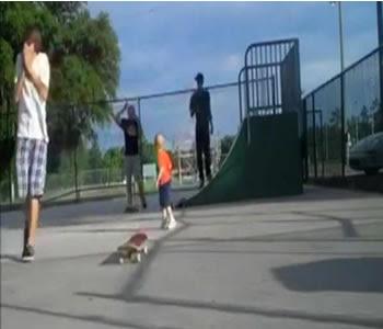 brincadeiras com skates