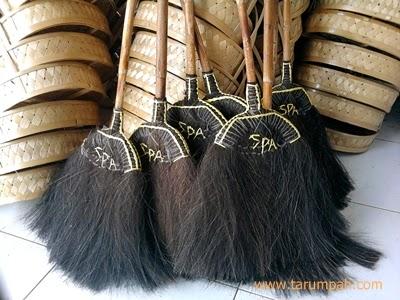Sapu ijuk atau injuk Tasikmalaya