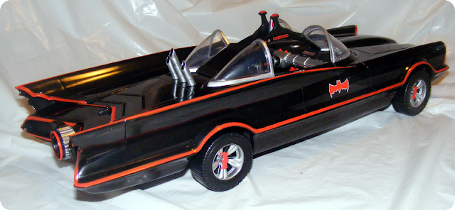 misfit robot daydream mattel 39 s batman classic tv batmobile. Black Bedroom Furniture Sets. Home Design Ideas