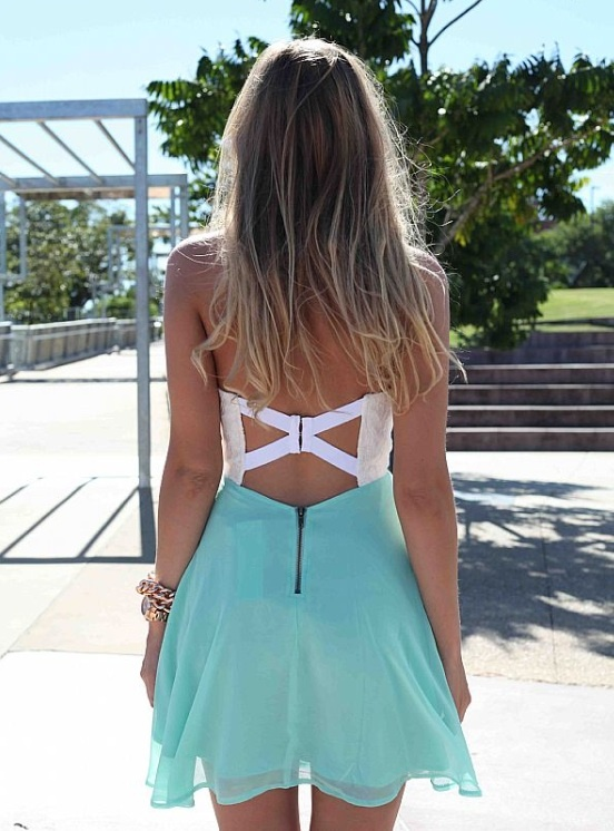There are too many reasons to love summer, especially this dress