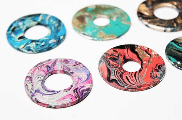 Alisaburke marbleized washer necklace aloadofball Images