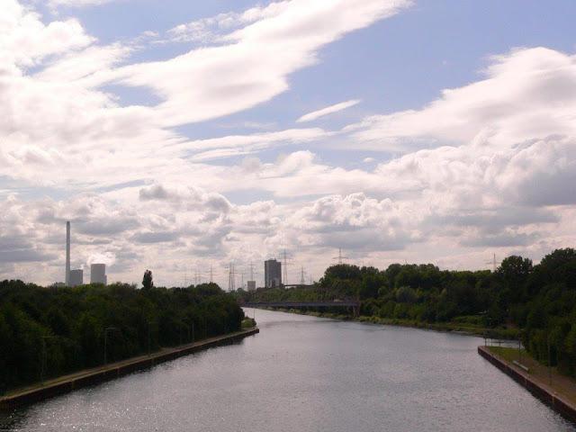 Rhein-Herne-Kanal Schleuse Herne-Ost Ruhrgebiet Ruhrpott Hunderunde Hund Ausflug Wasser Feierabend Sommer Sonne