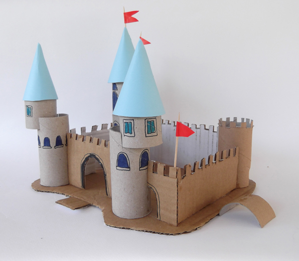 palace, castle, toilet paper rolls, cardboard crafts, architecture crafts, architecture activities, kids crafts, crafts with toilet paper rolls,