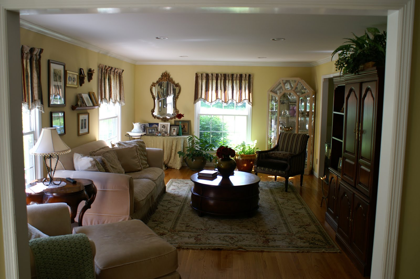 Central nj real estate update colts neck nj reservoir for Colts bedroom ideas