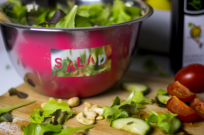 DIY Stenciled Salad Bowl {via www.fashionrolla.com}