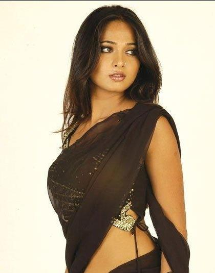 dark skin tamil indian women