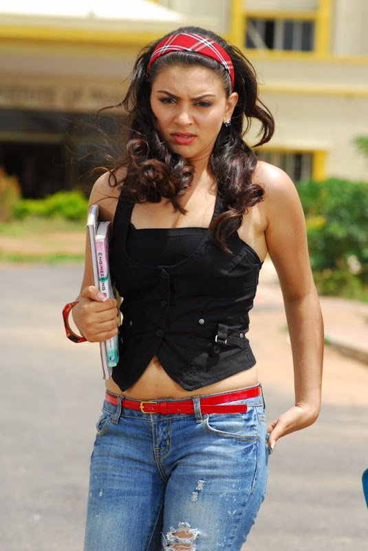 Hansika motvani new photos sexy stills
