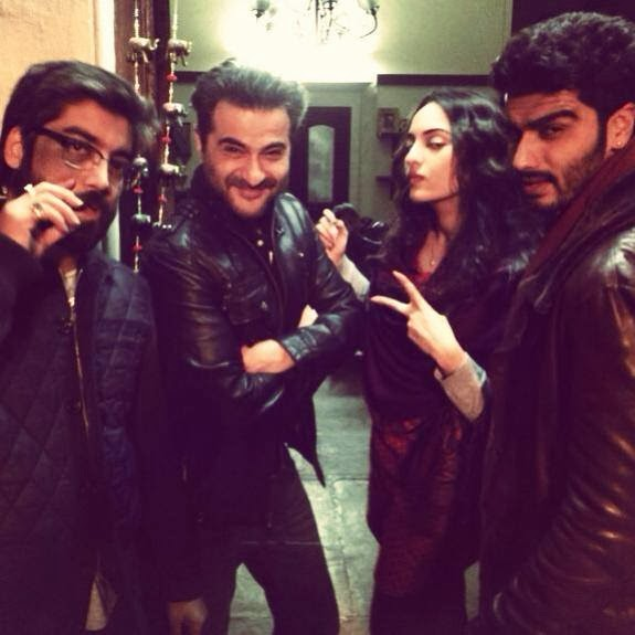 "Sonakshi Sinha on the sets of ""Tevar"" with Co star Arjun Kapoor"
