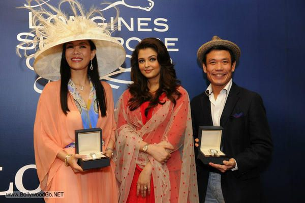 Aishwarya+Rai+Singapore+(11)