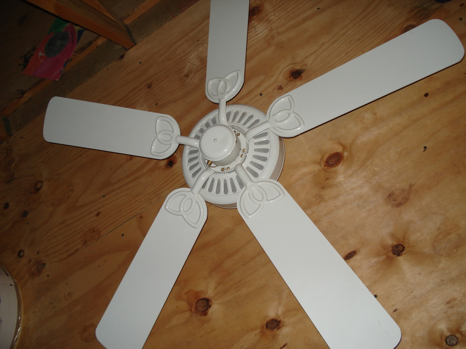 Frugal Newlyweds How to Paint Your Ceiling Fan