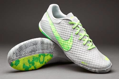 New futsal shoes Nike Elastico finale II with green and gray colors