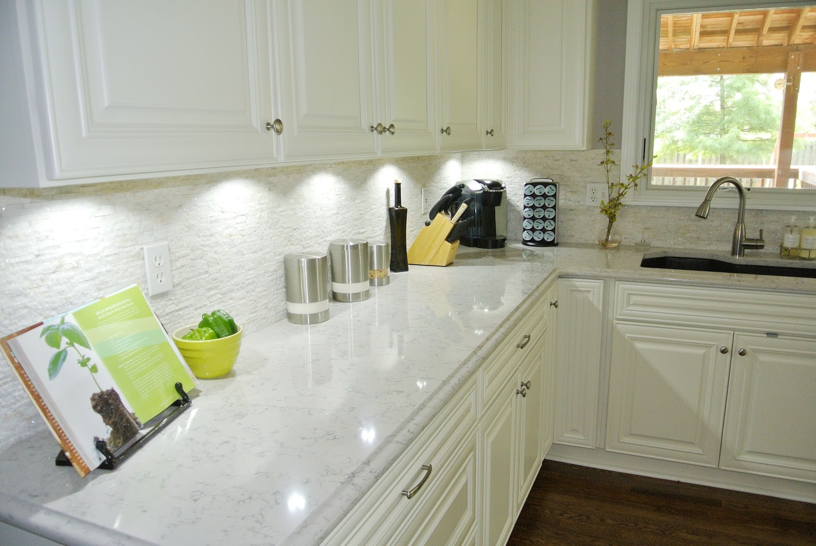 White Stone Backsplash Kitchen Lifejena  Kitchen Remodel