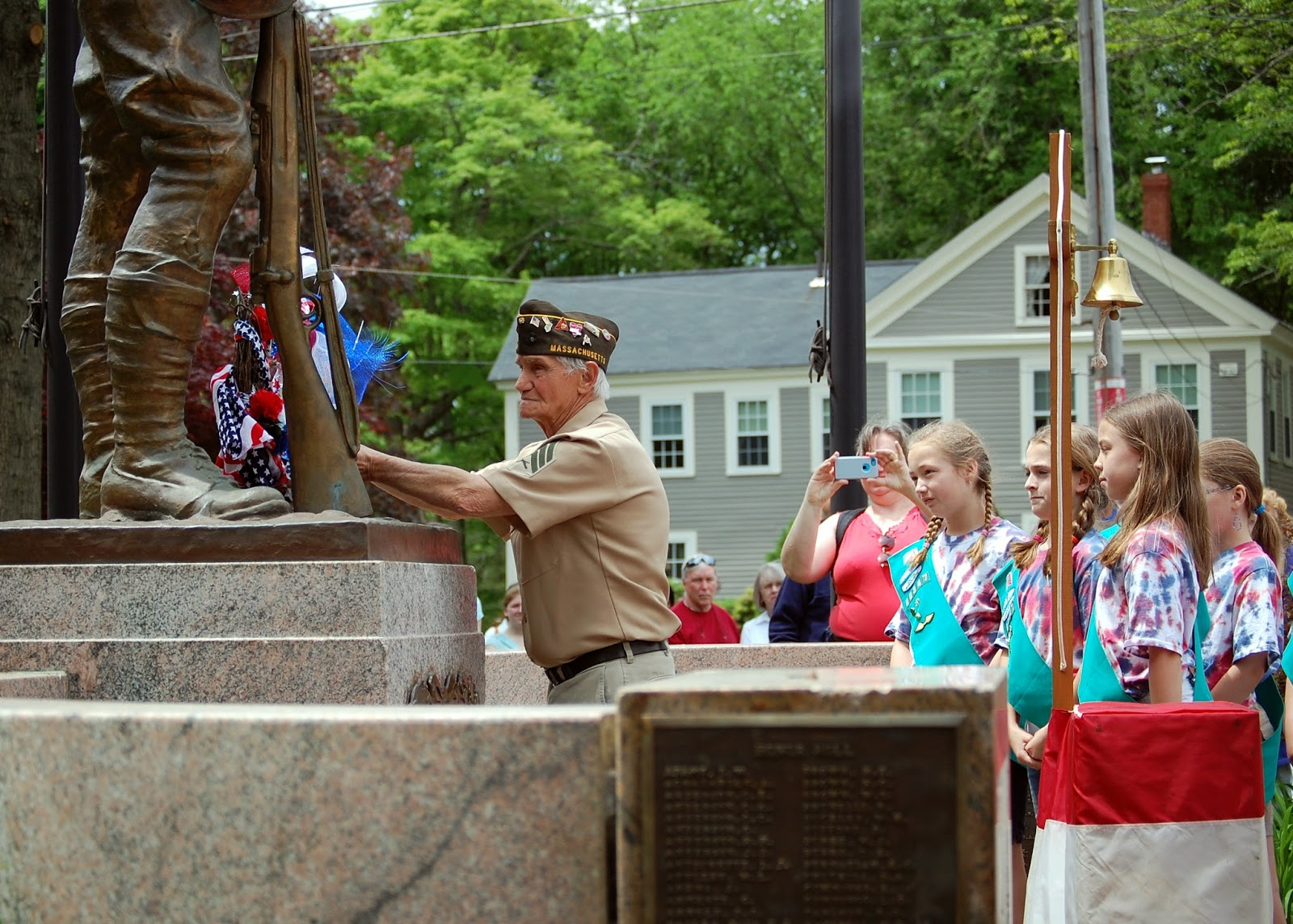 placing the wreath at the World War I memorial
