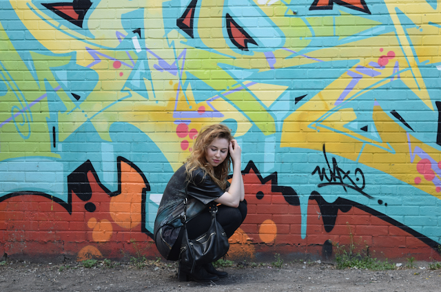 annie robinson, fabincblog, street style, the swing fragonard, art history, queen west, graffiti, toronto