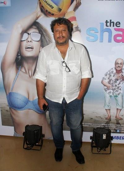 Akshay and Lisa Haydon at movie The Shaukeens trailer launch in Mumbai