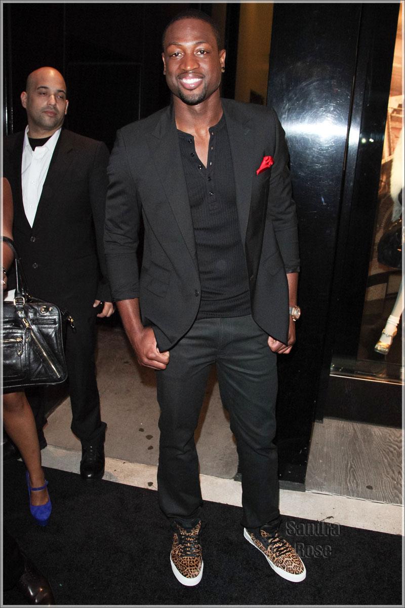 pics for gt dwyane wade black suit