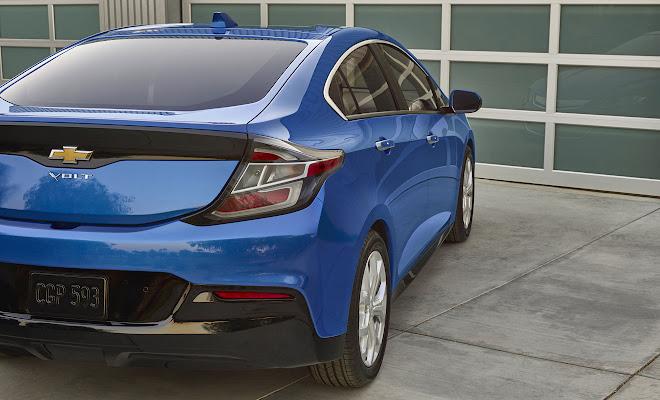 2016 Chevrolet Volt rear view