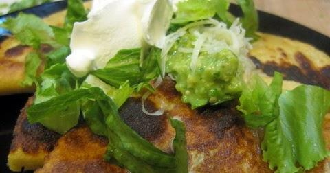 ... Garlic - A Food Blog: Potato Tacos with Avocado and Tomatillo Salsa