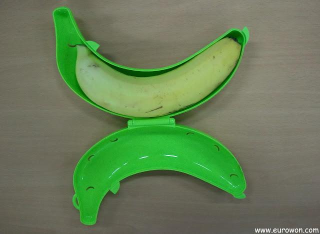 Funda para plátanos con una banana