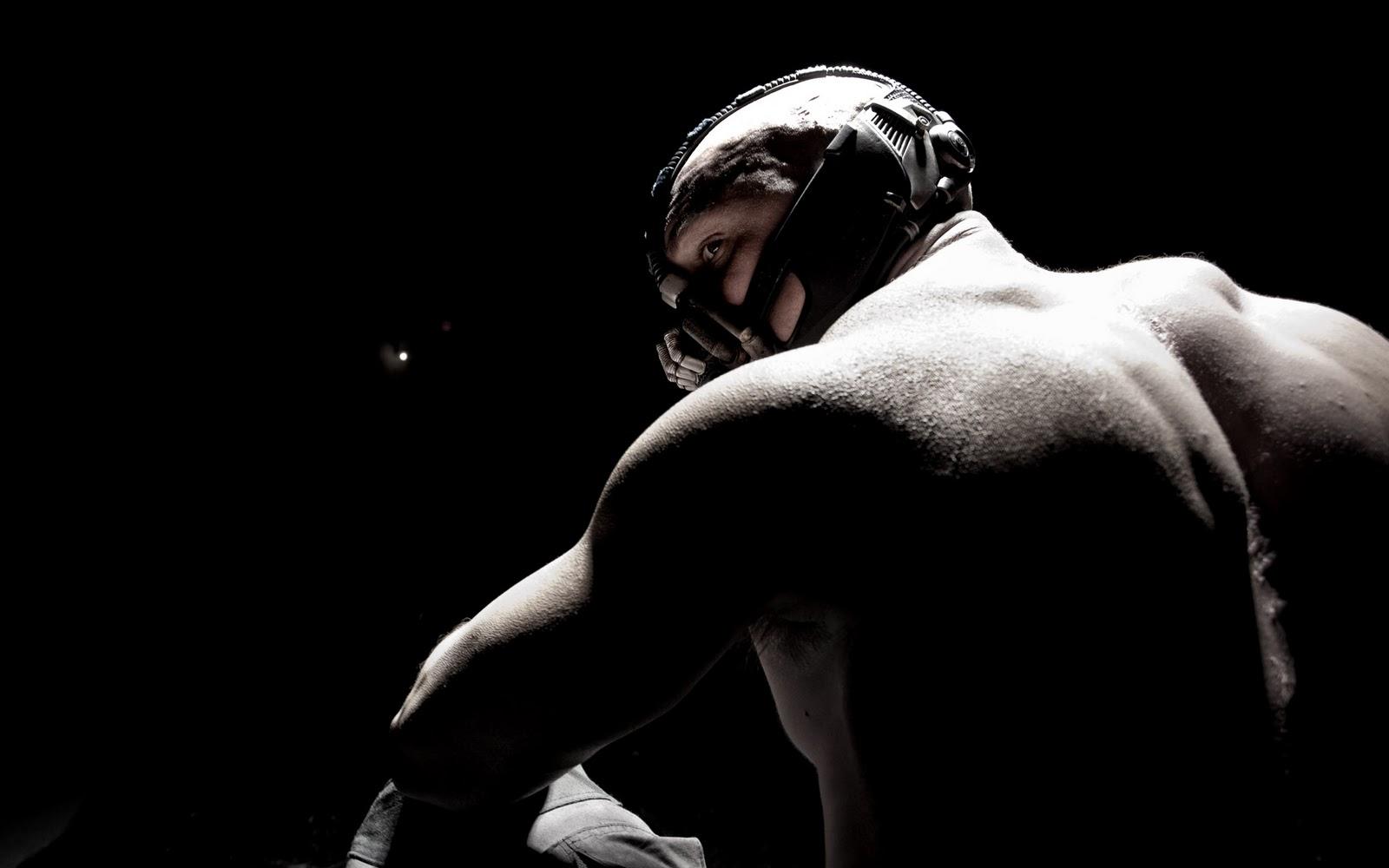 http://3.bp.blogspot.com/-RSC2Kfa-gsQ/T0QMbePkV8I/AAAAAAAACH0/X_0s8POEO7Y/s1600/dark-knight-rises-movie-image-tom-hardy-bane-hi-res-01.jpg
