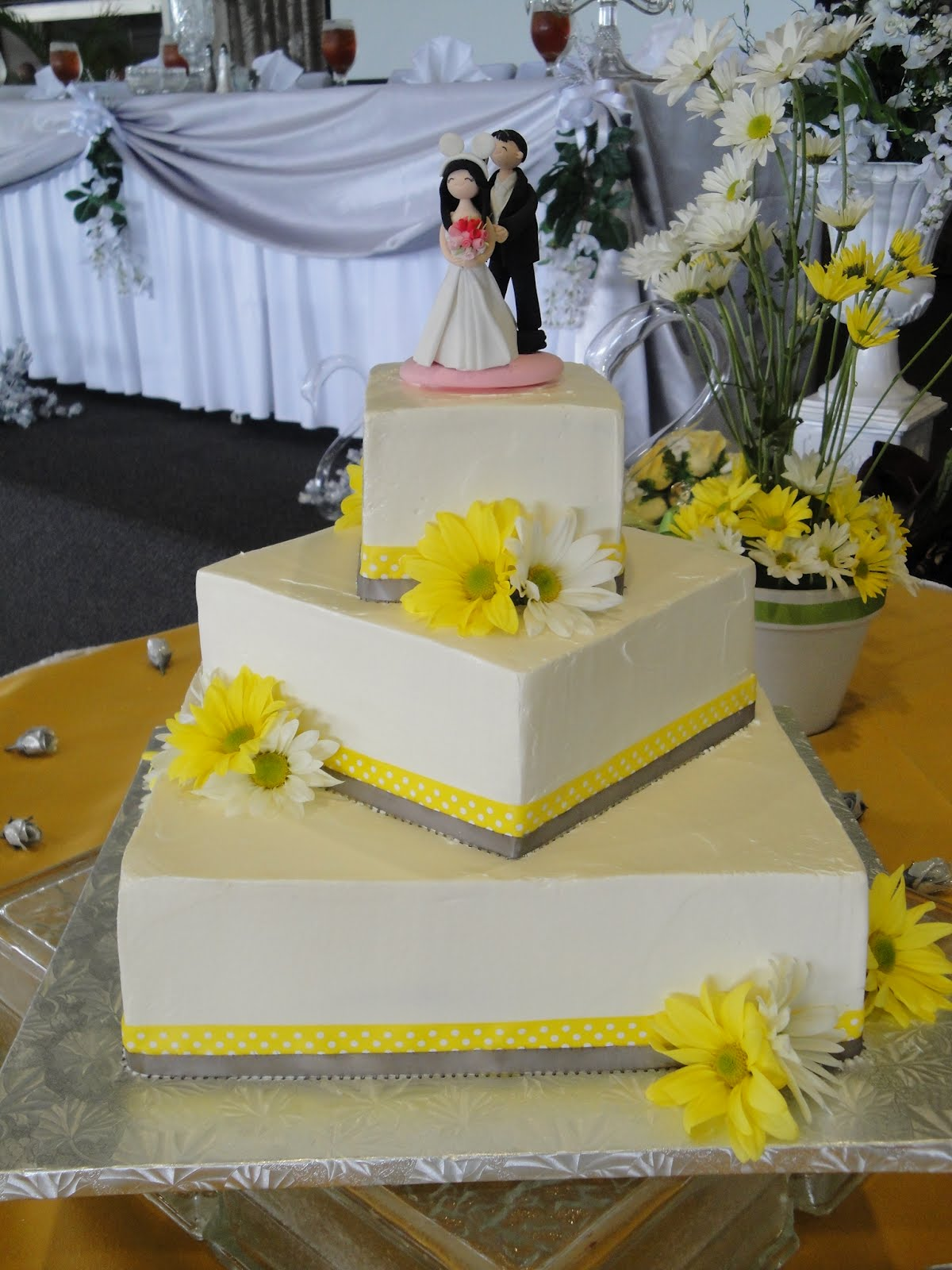 Desserts by Tiffanie 2011 Square Wedding Cakes