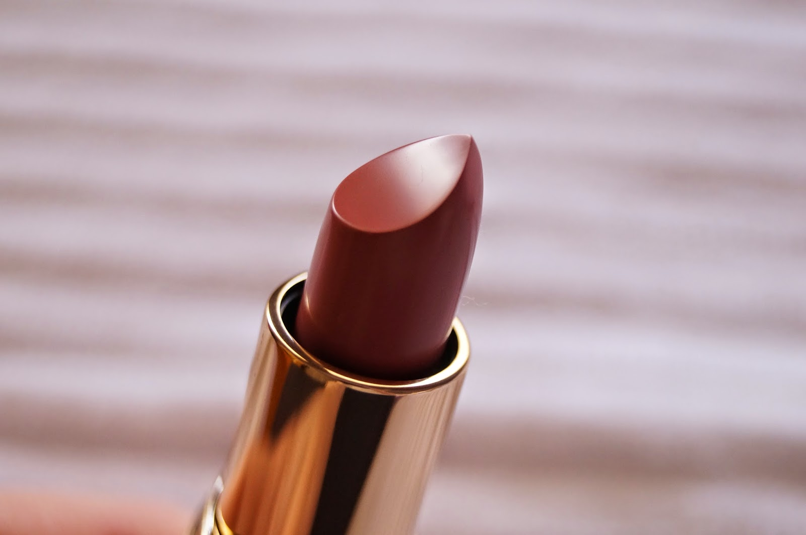 Bobbi Brown Rouge A Levres Lipstick in Pale Pink