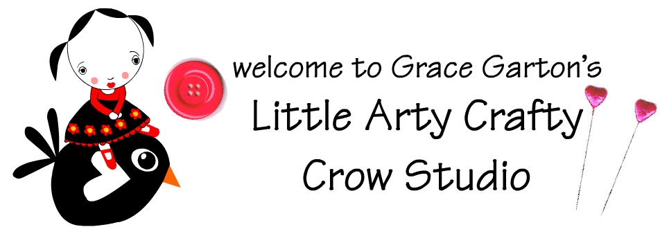 little arty crafty crow