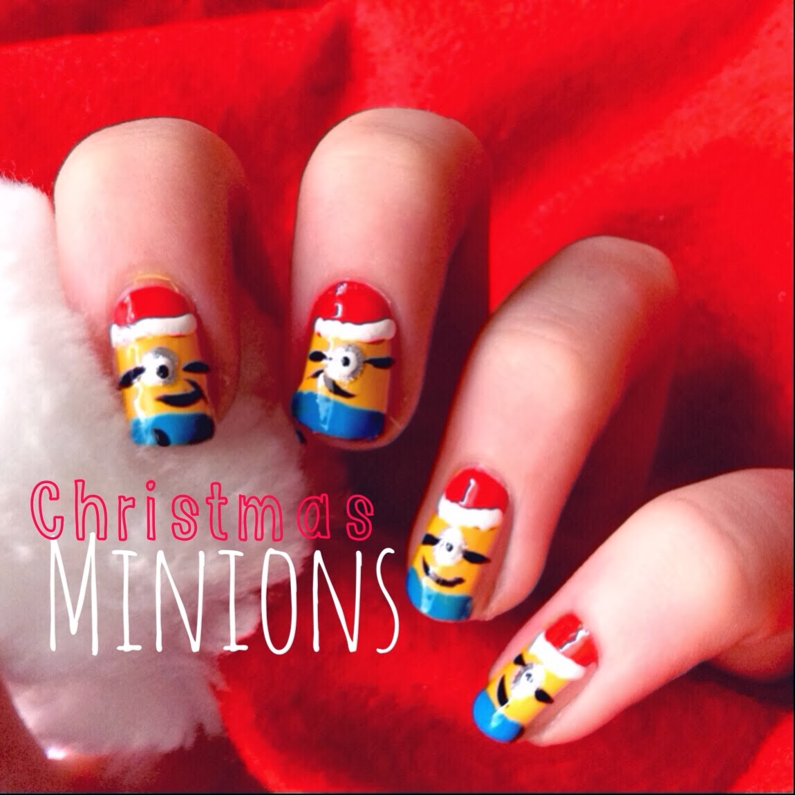 Christmas 2013 Nail Art: Christmas Minions Nails