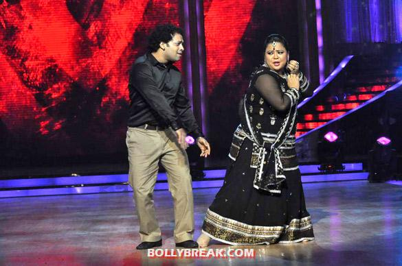Bharti Jhalak Dikhhla Jaa 5 - (3) - Salman & Katrina on the sets of 'Jhalak Dikhhla Jaa 5'