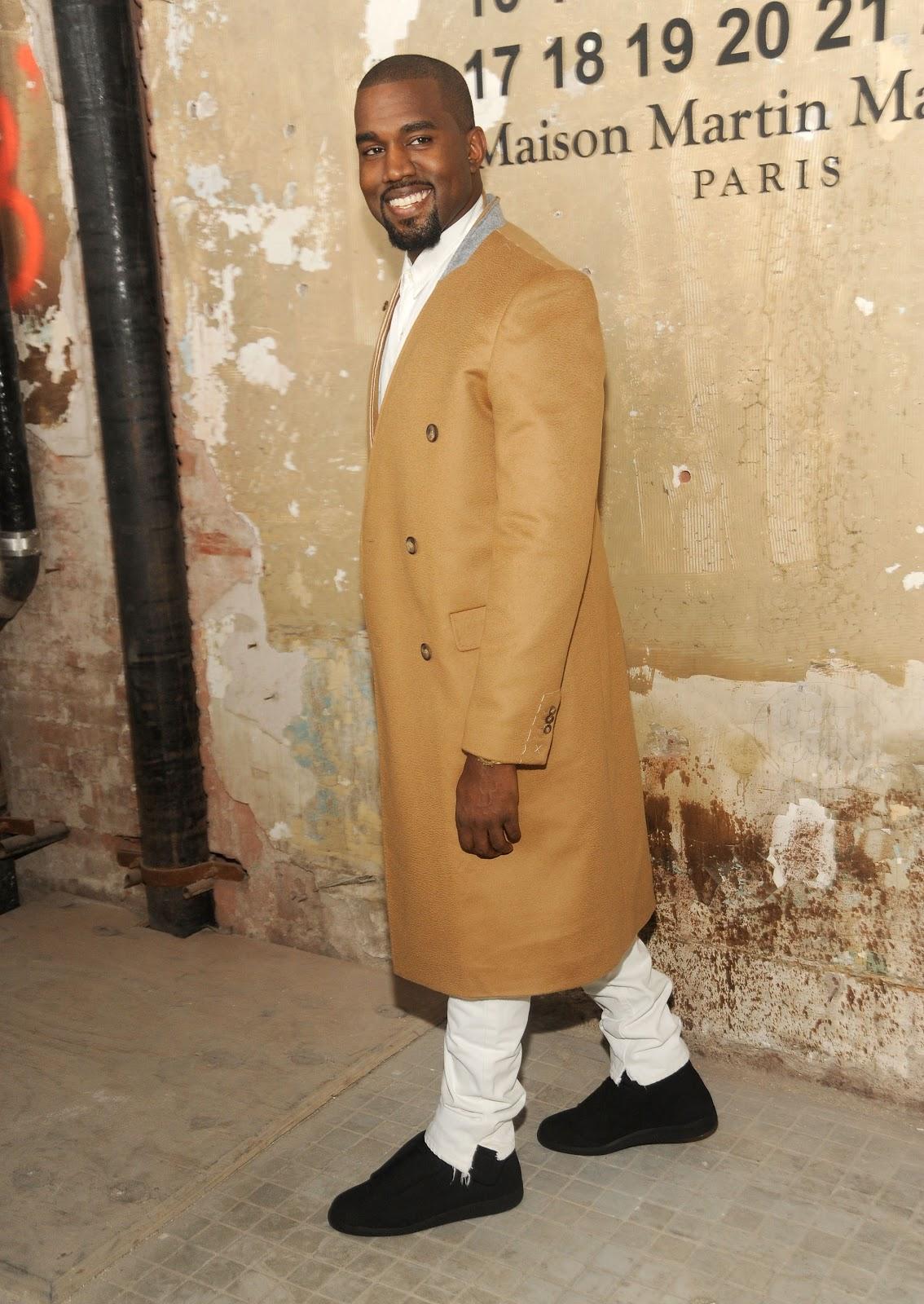 http://3.bp.blogspot.com/-RTDsoFyTDHY/UIl7u9gXJeI/AAAAAAAAI6Y/j9wbbX-Acow/s1600/MMM+with+HM_Kanye+West_wearing+MMM+with+HM.JPG