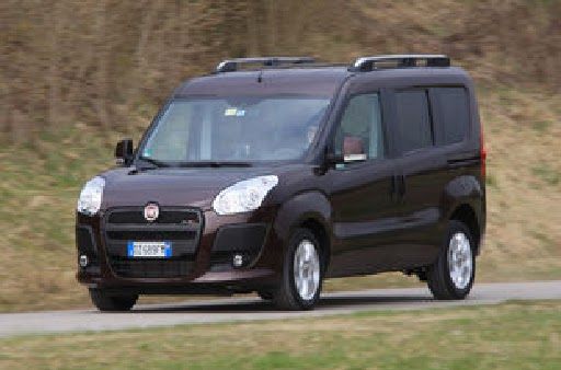 auto test drive fiat doblo 2 0 in the test fair price for strong diesel. Black Bedroom Furniture Sets. Home Design Ideas