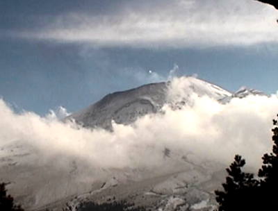 UFO Comes Out Of Popocatepetl Volcano, UFO Sightings