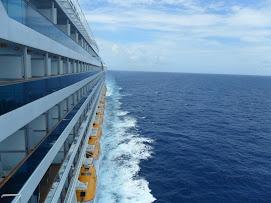 C.Pacifica navegando