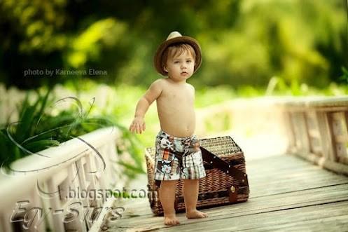 طفل-الصيف-مسافر-غضبان-براءه اطفال