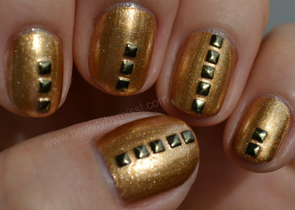 antique gold, manicure, notd,