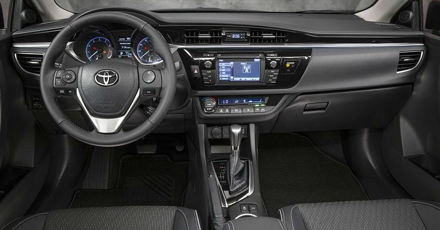 novo Toyota Corolla 2014 interior