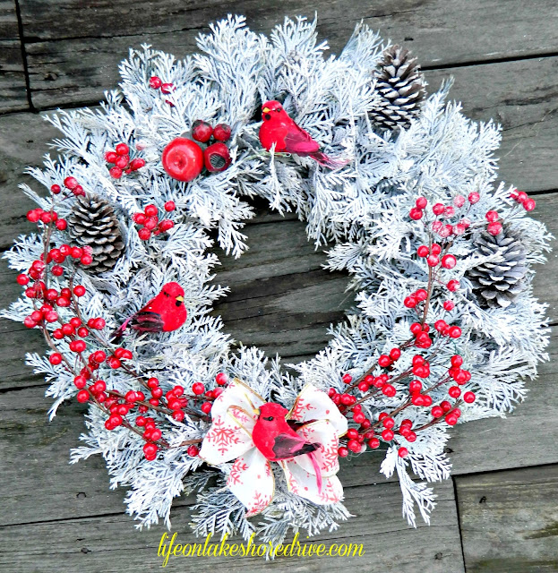 "alt=""Winter Wonderland Wreath"""