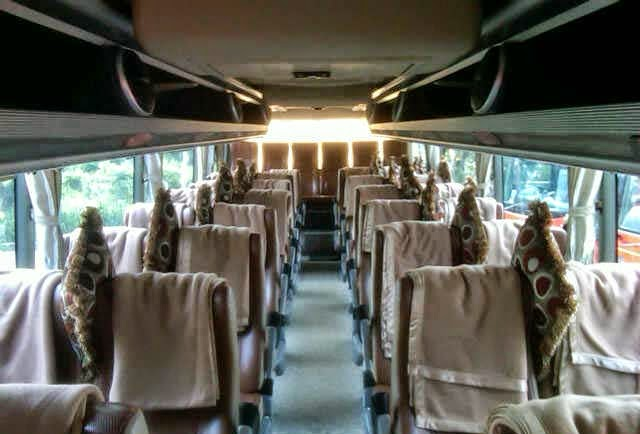 Interior Bus Pariwisata Transport
