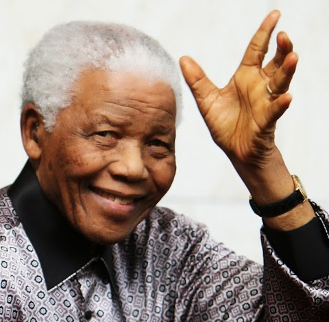 Pres. Jonathan declares 3days national mourning for Nelson Mandela