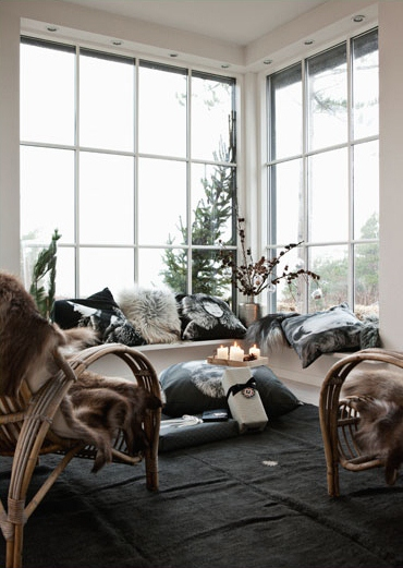 Scandinavian Christmas Home Decorating ~ Interiors and Design Less ...