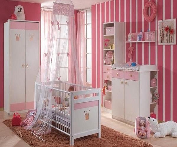 Photo de chambre de bébé fille