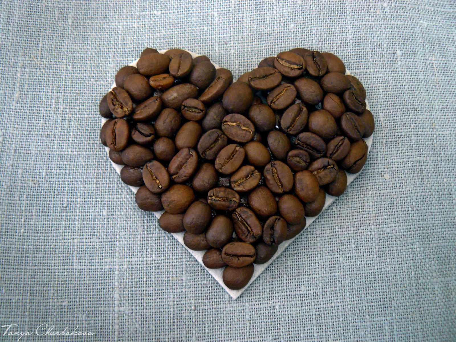 Как сделать картину из кофейных зёрен 41