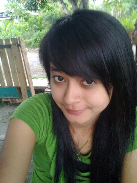 Linda Berani Selfie Bugil Pic 14 of 35