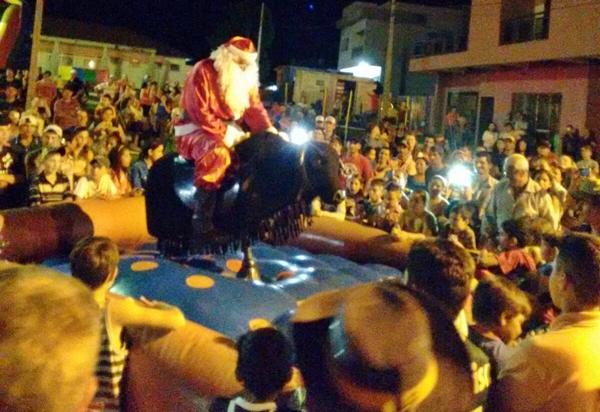 """Manoel Ribas: """"Papai Noel Cowboy!"""""""