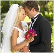 لكل عروسين