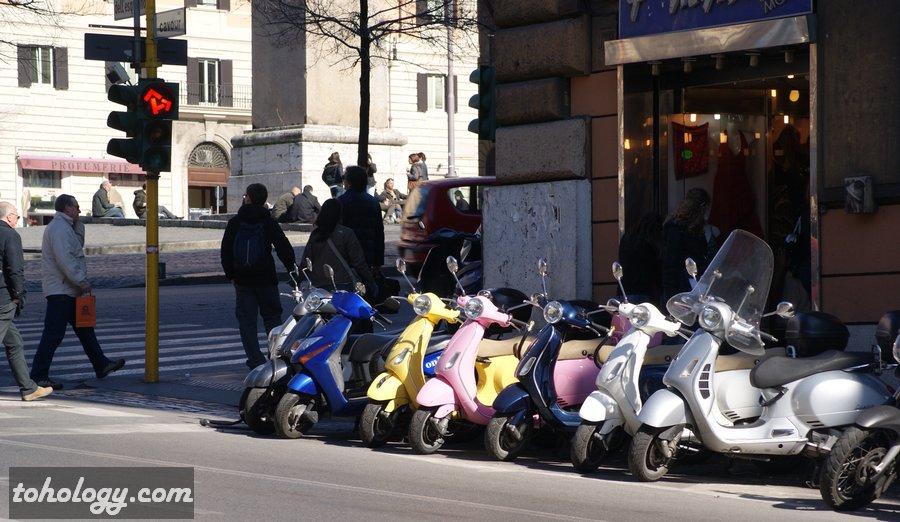 Популярные итальянские мотороллеры Vespa