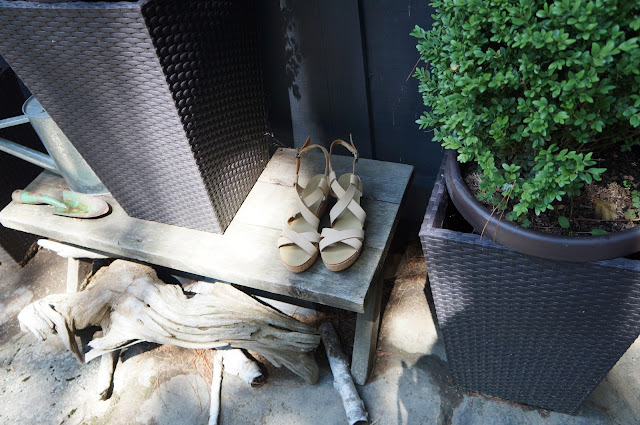 Joe Fresh nude platforms / flatforms, Muskoka, Greenery, Plants, Gardening Tools, Drift woof
