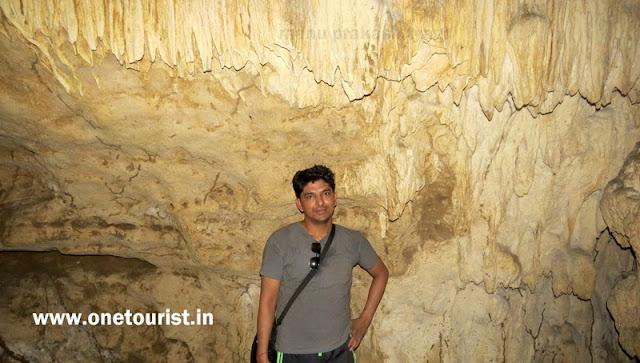 limestone caves ,baratang , andaman ,प्राकृतिक चूने पत्थर की गुफाऐं , बारातांग , अंडमान
